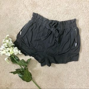 Charcoal shorts with ruffle top